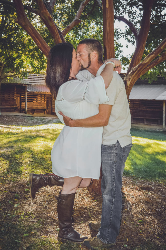 diamond edge photography kiss engagement photography engagement photographers lincolnton nc